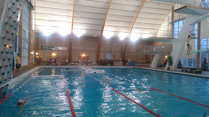 This is how a swim training can look like. Different focus in different parts of the pool.